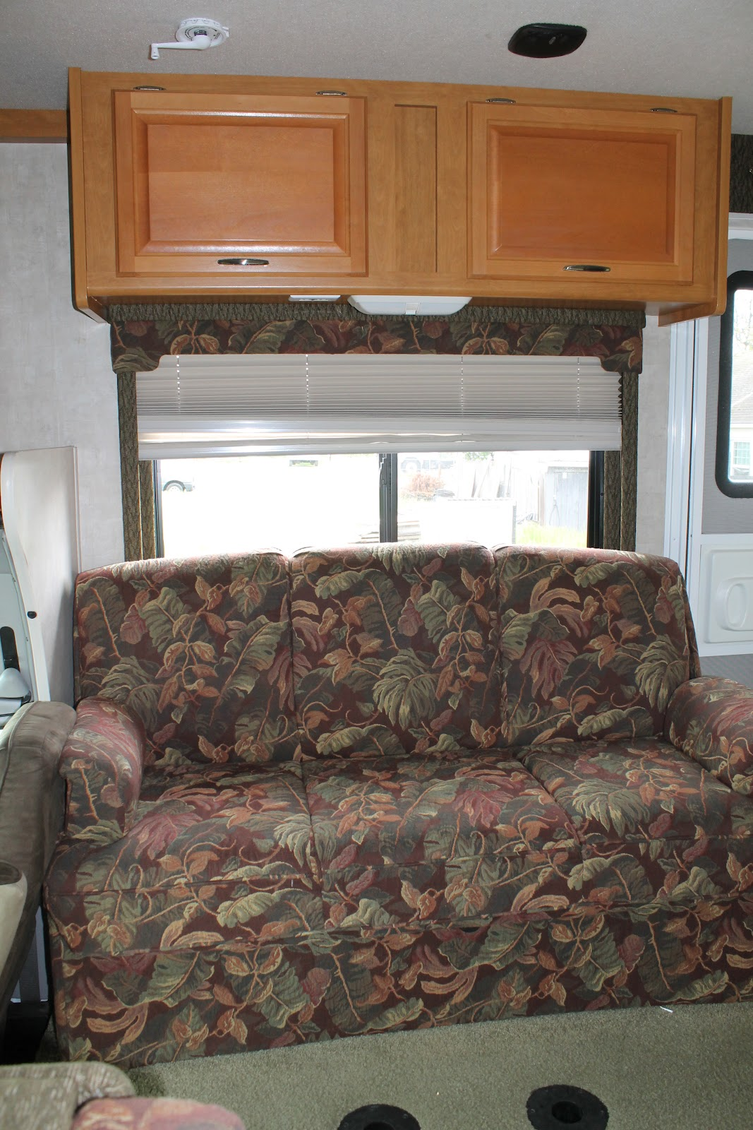 How To Reupholster >> Countryside Interiors - Transforming RVs and Trailers since the 80's: 2006 Fleetwood - New Wood ...