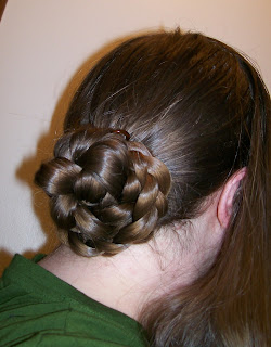 T-parted hair with back bun, basic 1850s-1860s hairstyle.