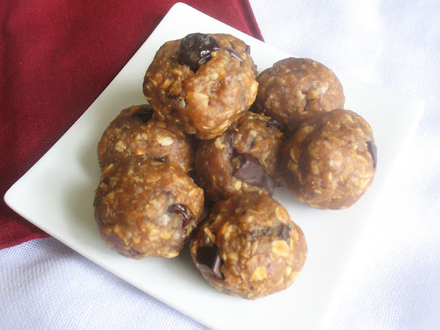 Vegan Oat and Peanut Butter Nibbles