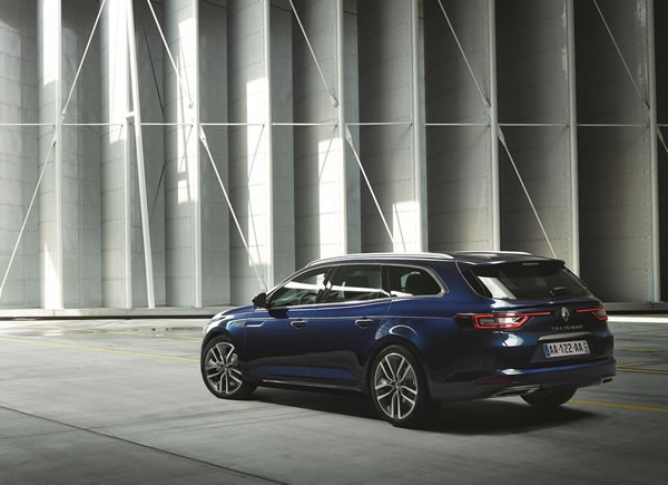「Renault Talisman Estate」のリア画像