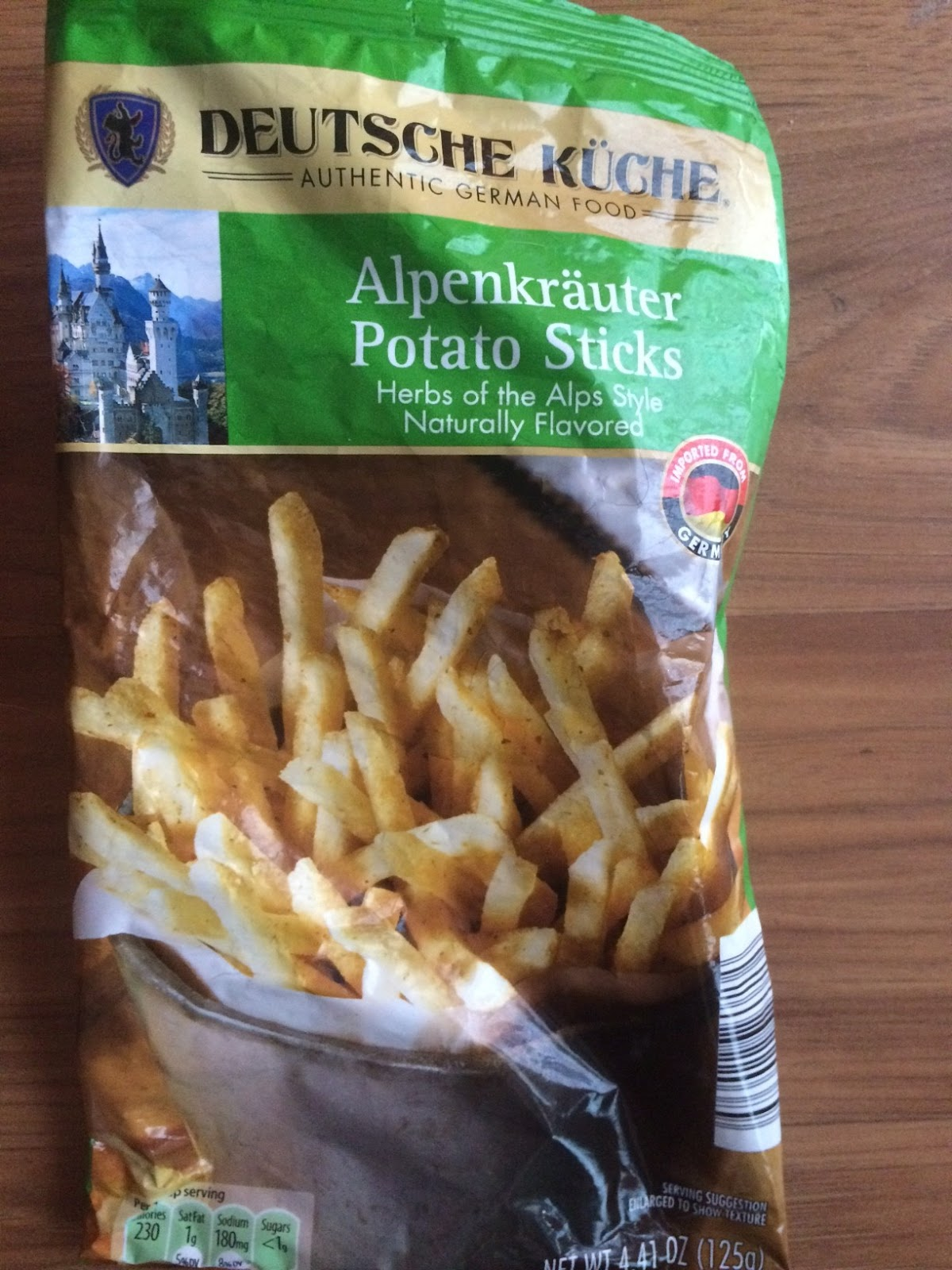 Budget Food Review Deutsche Kuche Reiberdatschi and Alpenkrauter Potato Sticks Aldi