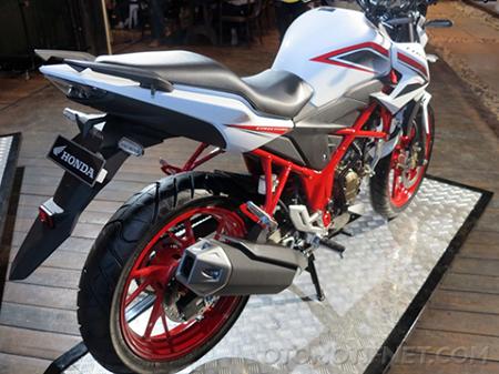 Galeri Foto Honda CB150R Special Edition 5