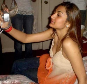 Desi College Girl Nude Pics Collection