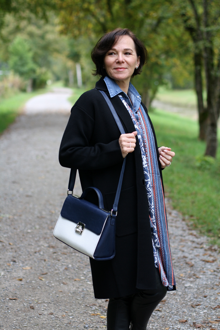 Transitional merino wool coat for the autumn by Winser London