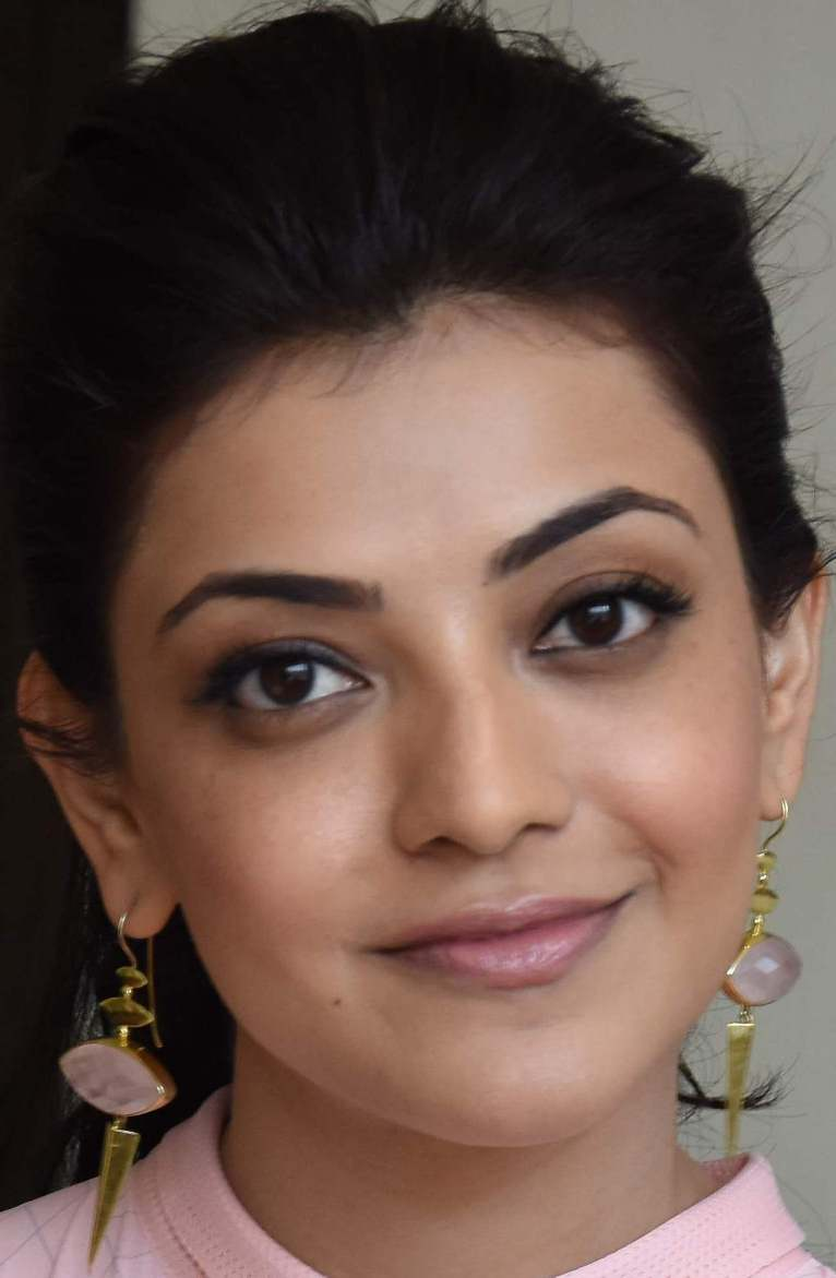Model Kajal Agarwal Face Close Up Photos Gallery