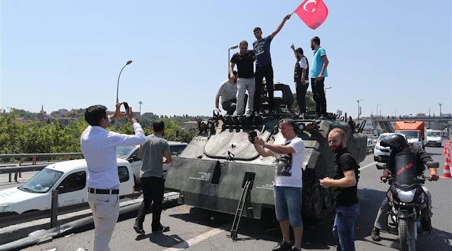 Το πραξικόπημα πέτυχε. Το καθεστώς εδραιώνεται στην Τουρκία!