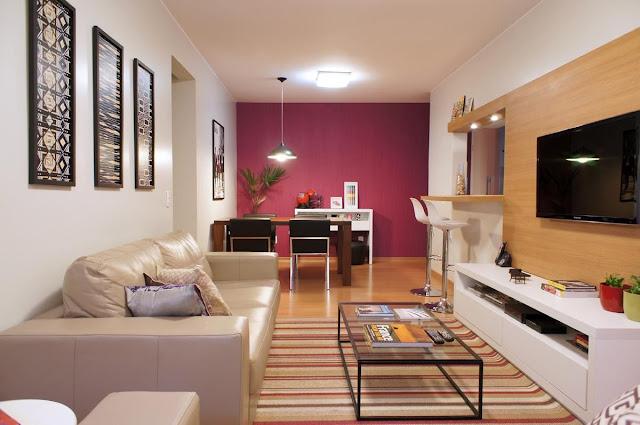 sala pequena  jantar estar tv conjugada parede colorida destaque