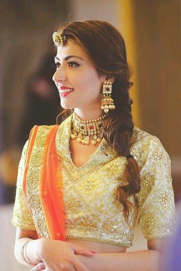 11 Pretty Maang Tikka Hairstyles To Try This Wedding Season Velvet
