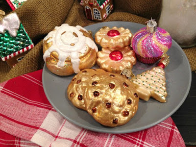 http://merckfamilyoldworldchristmasornaments.blogspot.com/2015/09/making-cookies-with-old-world-christmas.html