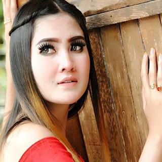 Alvi Ananta - Perawan Kadaluarsa Mp3