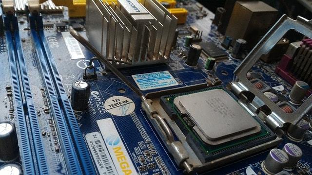 AMD vs Intel Processor