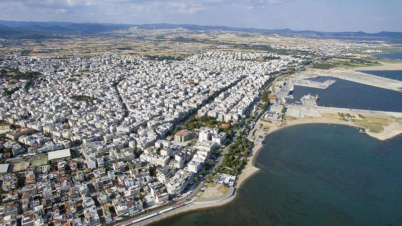 Γύρω μας γίνεται κοσμογονία κι εμείς στην Αλεξανδρούπολη συνεχίζουμε τα μασάλια