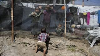 Παιδιά 5 ετών βιάζονται και προσπαθούν να αυτοκτονήσουν στη Μόρια