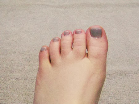 Couture Gel Nail Polish pedicure
