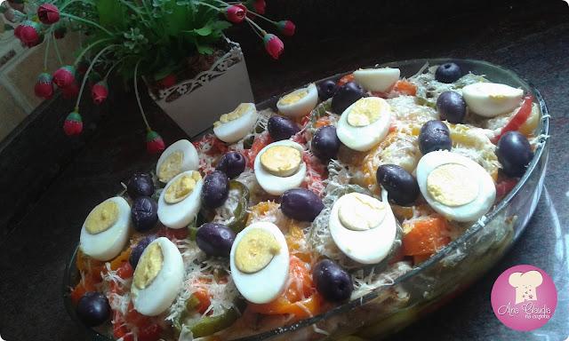 bacalhau, legumes, azeitona, ovos, parmesão