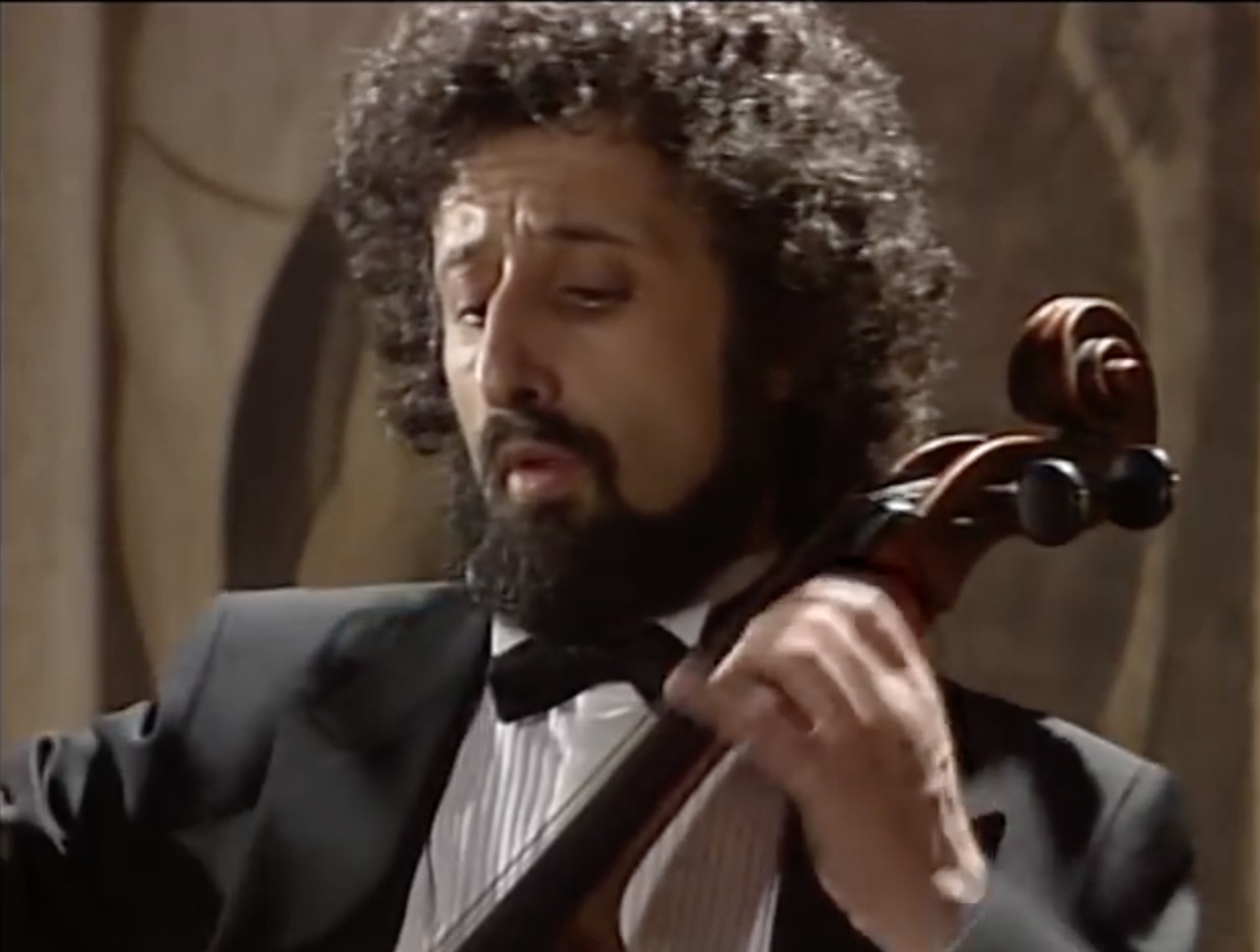 Mischa Maisky plays Bach Cello Suite No.1 in G (full ...