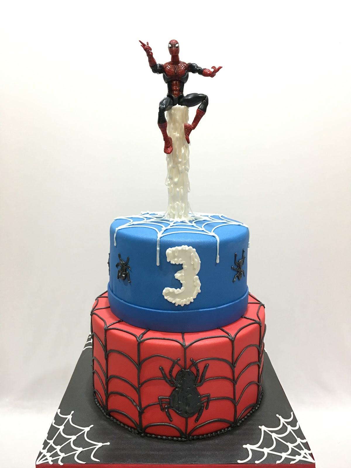 MyMoniCakes: Spider-Man cake sitting on web fountain
