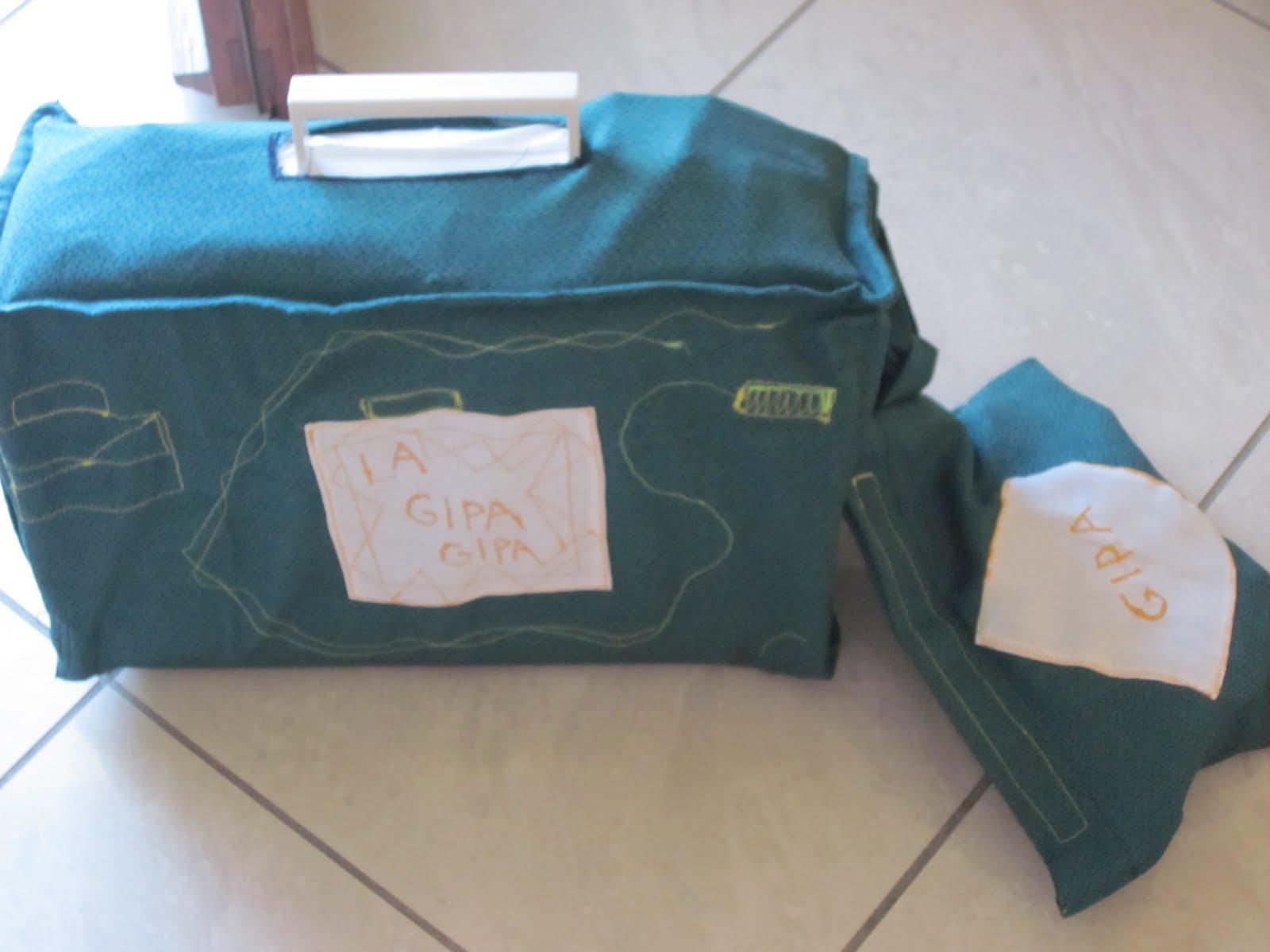 Gipa gipa copri macchina da cucire per trasportarla for Porta macchina da cucire