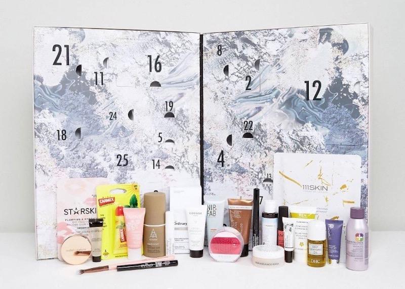 asos joulukalenteri 2018 Esteettistä Mielihyvää: Kosmetiikkajoulukalenterit 2017 asos joulukalenteri 2018