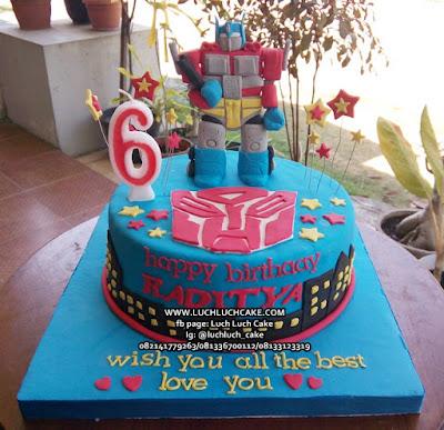 Transformer Fondant Birthday Cake