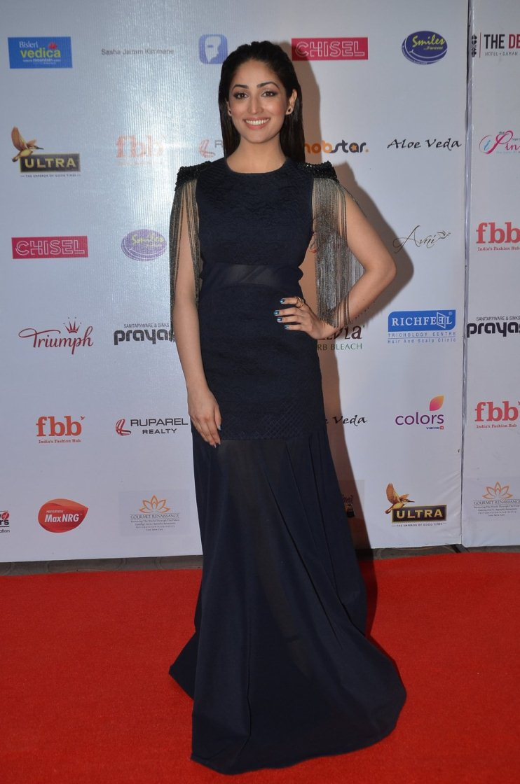 Model Yami Gautam In Blue Dress At Femina Miss India