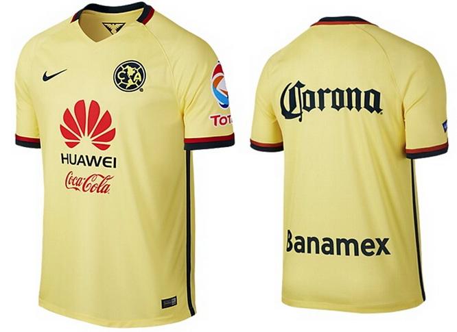 La camisetas de fútbol tiene un cuello v-cuello inspirado en la Camiseta  Club América Local 1965-1966. 7fca34a95fd0b