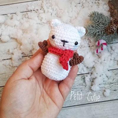 Вязаный снеговик мишка крючком