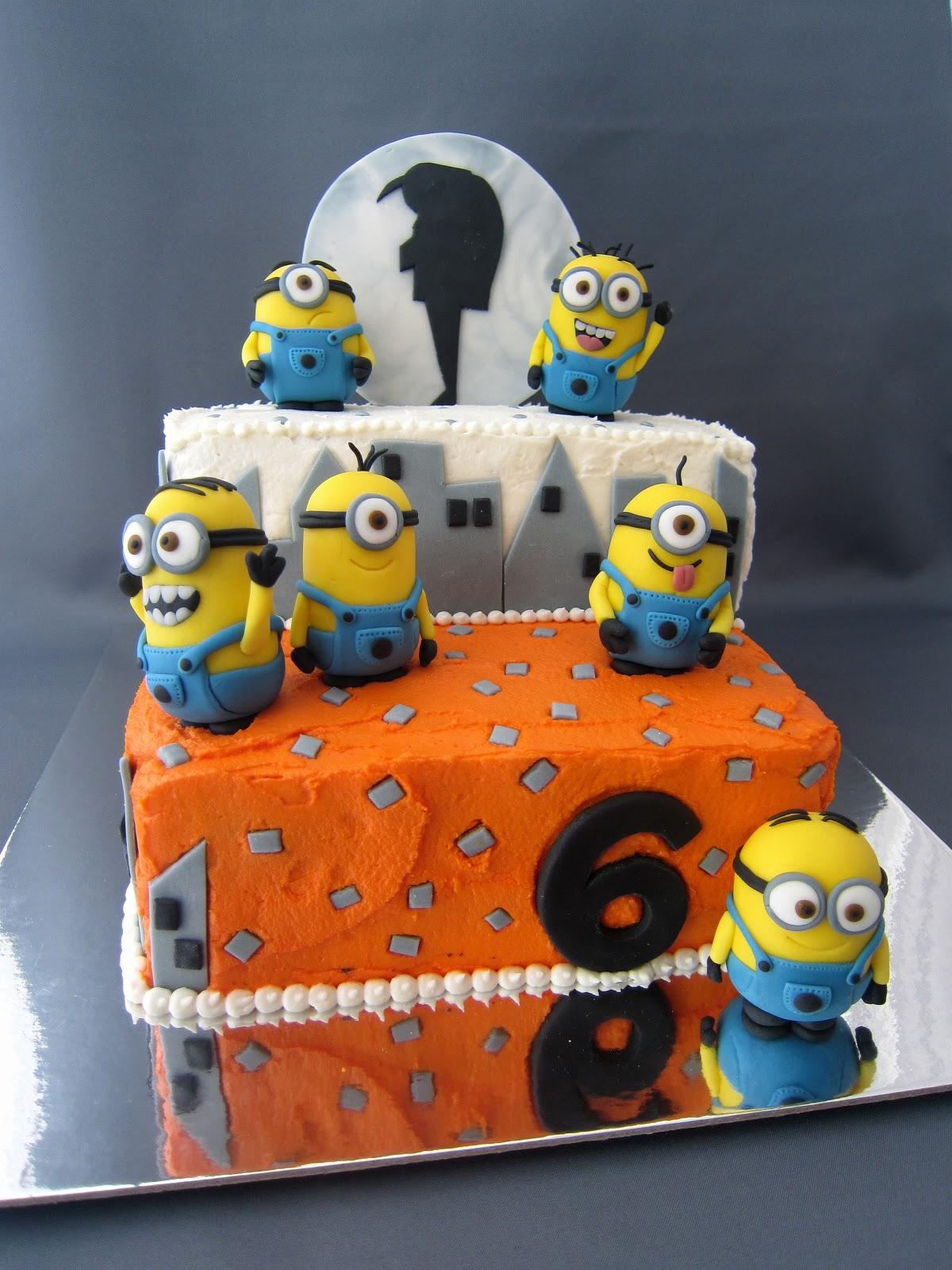 Clever Wren Despicable Me Minion Cake