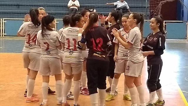 Equipe feminina Pinhal Futsal vence Valinhos e garante vaga na final dos Jogos Regionais