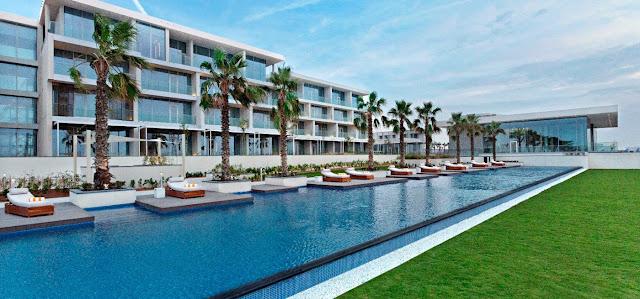 The seaside resort of Oberoi, Al Zorah