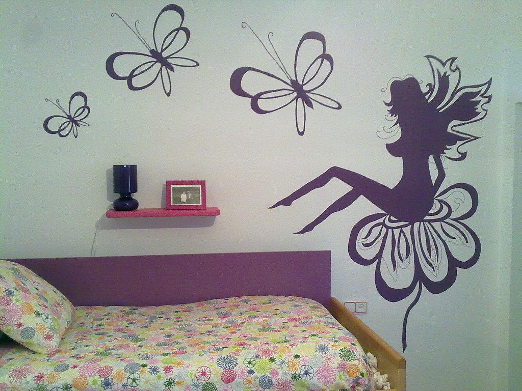 Decoracion actual de moda paredes decoradas con dibujos for Decoracion con figuras en la pared