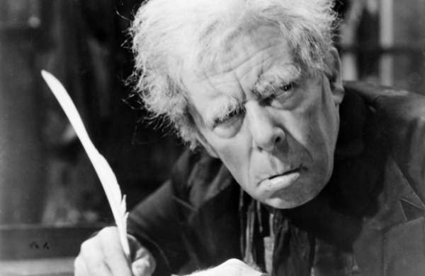 Seymour Hicks as Scrooge