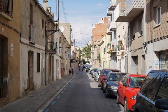 バスコニア通り(Carrer de Bascònia)