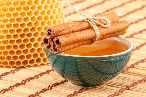 Boisson de cannelle et de miel