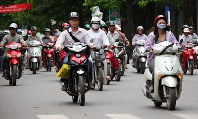 Mẹo tiết kiệm cả lít xăng khi đi xe máy