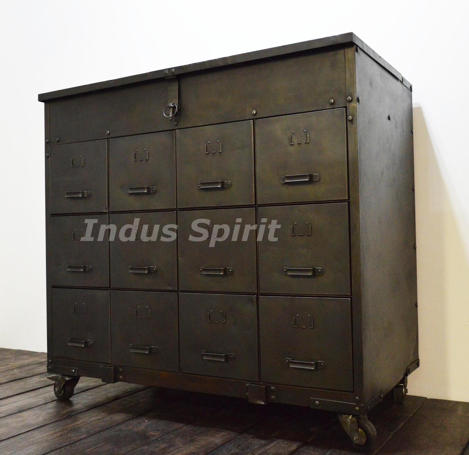 meuble industriel tiroir. Black Bedroom Furniture Sets. Home Design Ideas