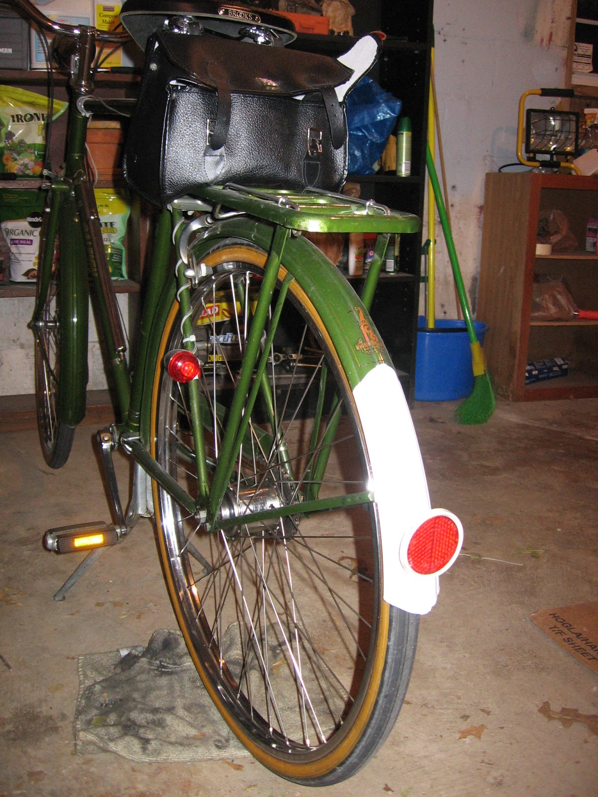 The Bike Shed: Riding Vintage Bicycles In the Winter