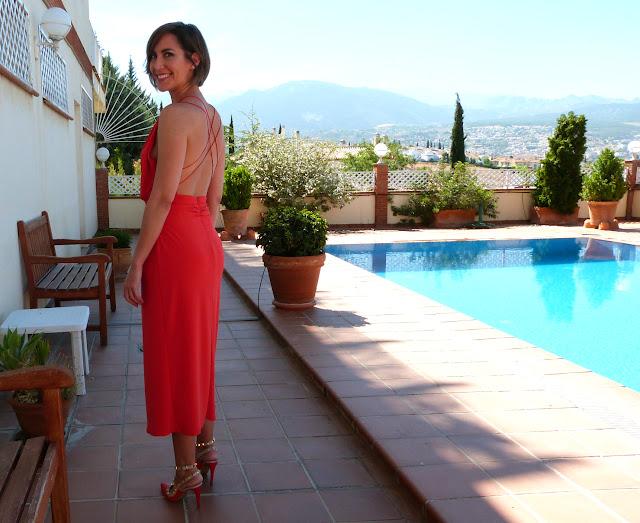 Fitness And Chicness-Invitada Tonos Rojos La Familia Mujer-8