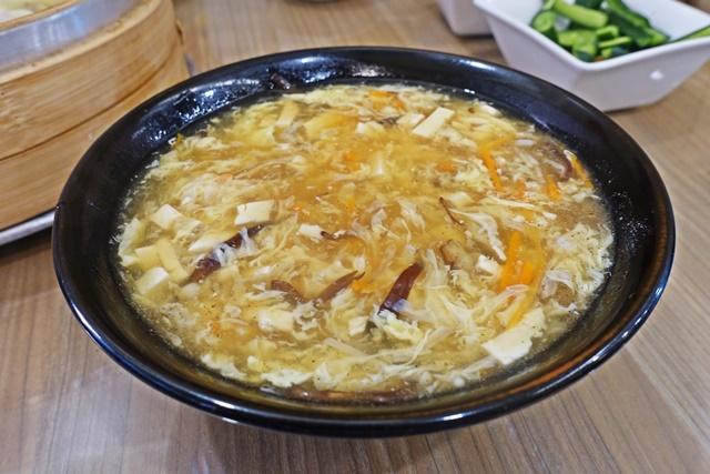 傳祥園酸辣湯~台中西屯區素食熱炒