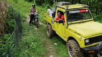 Medan Extrem Pengiriman Logistik di Desa Wotgalih Libatkan Offroader