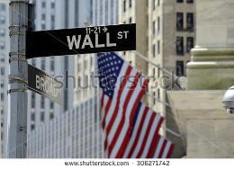 Com o IVVB11 você aplica nas 500 melhores ações americanas.