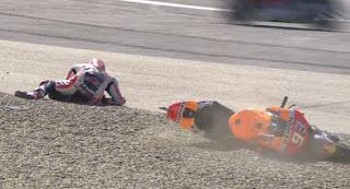 Jatuh di FP3 MotoGP Austria 2016, Marquez Cedera Bahu