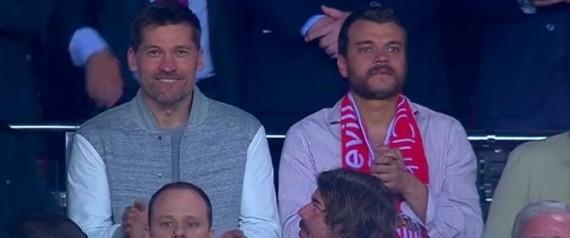Así disfrutaron los protagonistas de Juego de Tronos en el partido del Sevilla FC vs Barcelona FC
