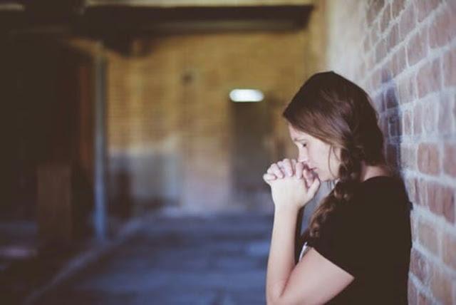 Pada dikala saya tetapkan menentukan judul ini Berdoalah, Dan Yakin Tuhan Mendengar Doamu