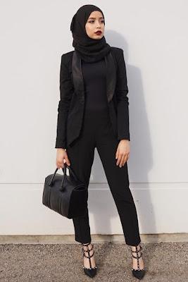 Kenakan Outwear cewek cantik manis pakai hijab dan baju ketat seksi menggoda