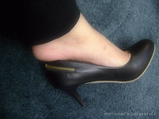 Black High Heel Pump