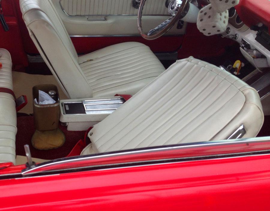 JustaCarGal: Mustang Ragtop at Costco