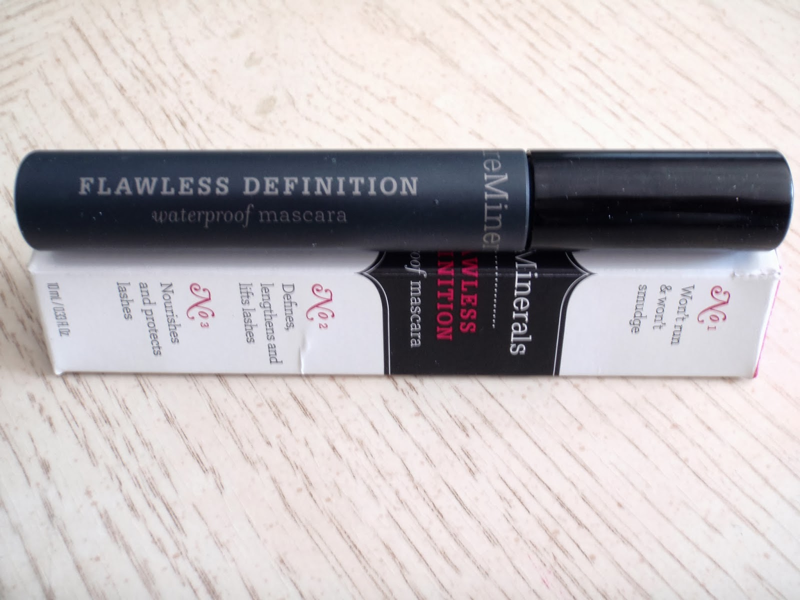 bare minerals flawless definition waterproof mascara