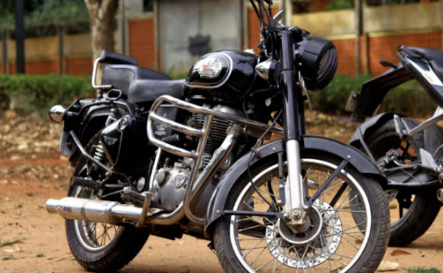 Royal Enfield Bullet 350 HD Images