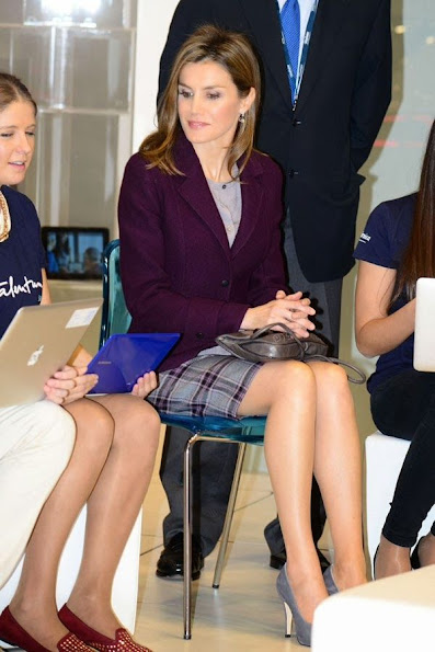 Prince Felipe and Princess Letizia of Spain attend Mobile World Congress in Barcelona. Queen Letizia wore Hugo Boss skirt
